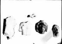 Fragments of marble statuettes